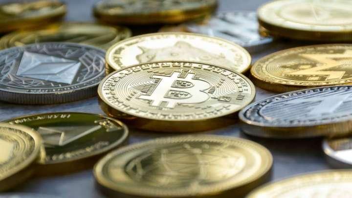 Leading Crypto